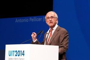 Antonio Pellicer en Congreso de Praga