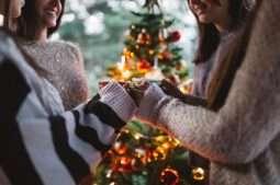 IVI te da las claves para anunciar un embarazo en Navidad