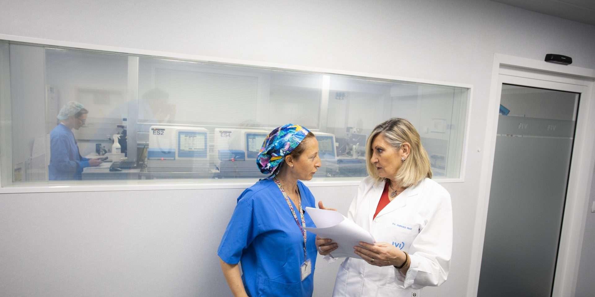 doctoras de fecundación in vitro