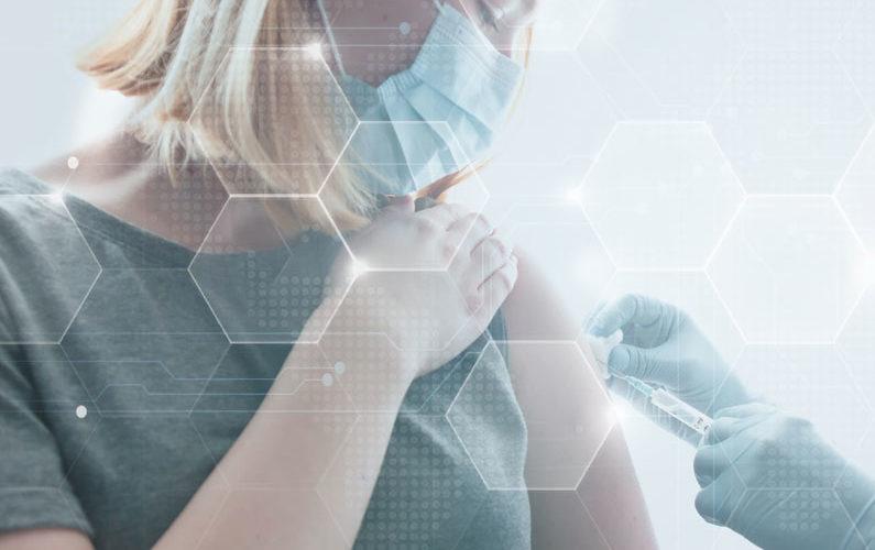 vacuna contra la COVID y embarazo
